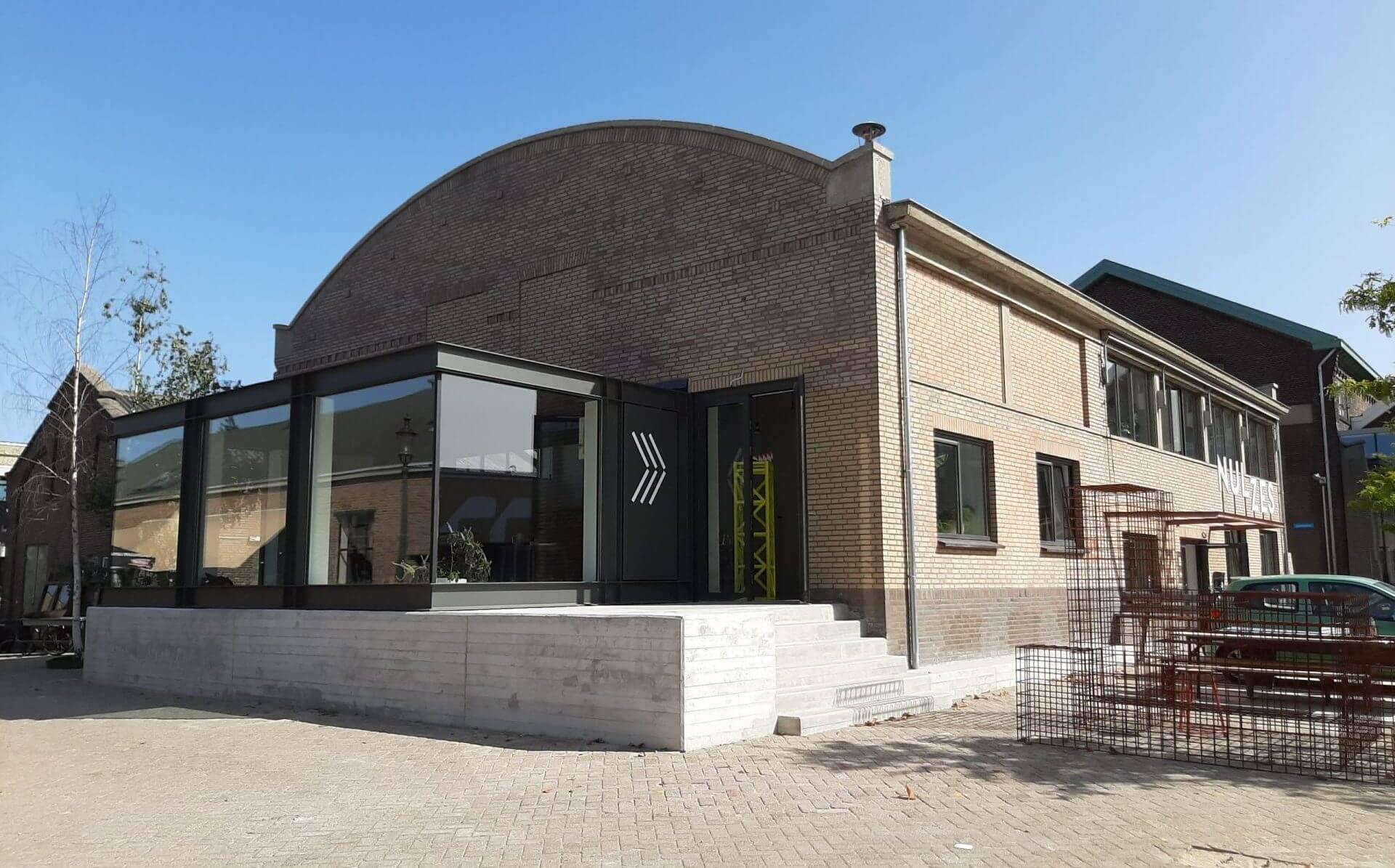 Aannemer Eindhoven Arcum BV verbouwde gebouw 08 op het NRE-terrein in Eindhoven.